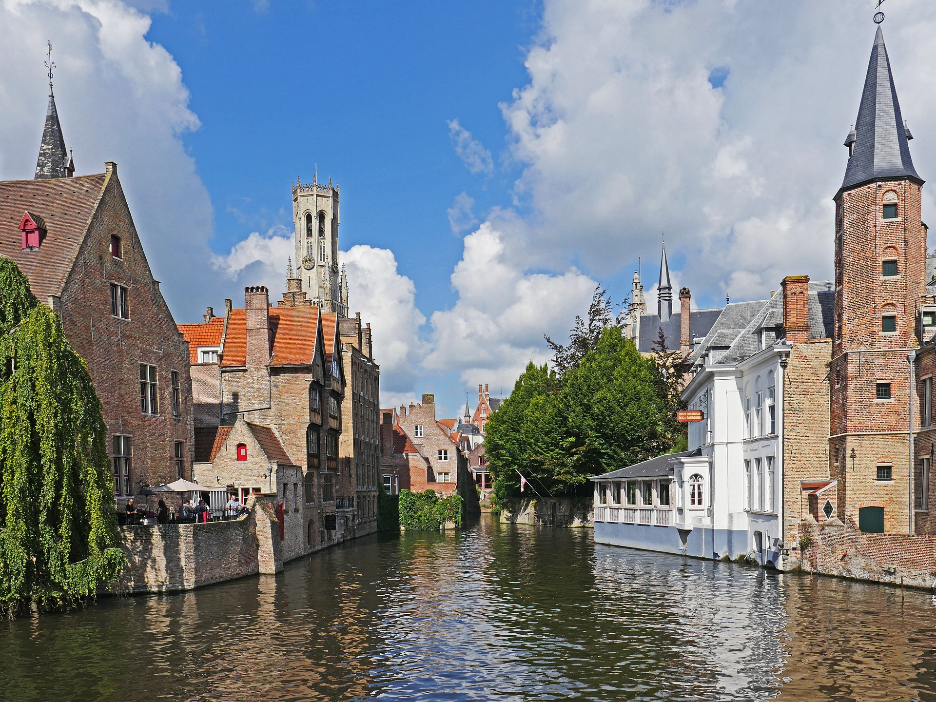canal-in-bruges-2724438_1920