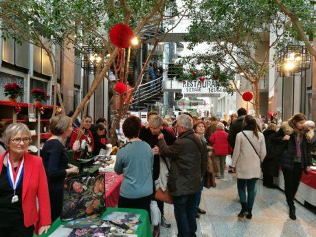 Kiermasz bożonarodzeniowy (Le Grand Bazar de Noël)