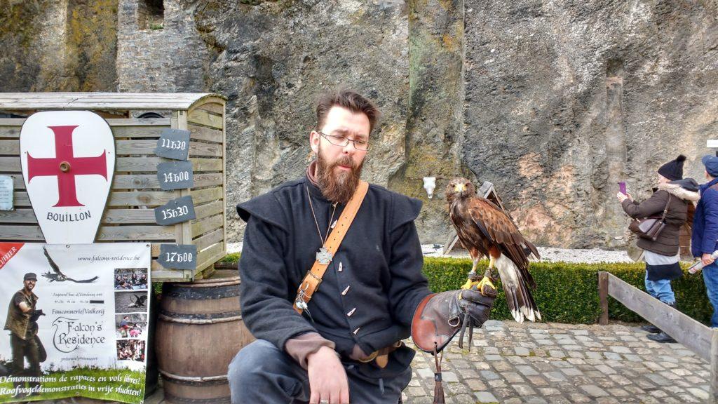 Bouillon - trener ptaków drapieżnych