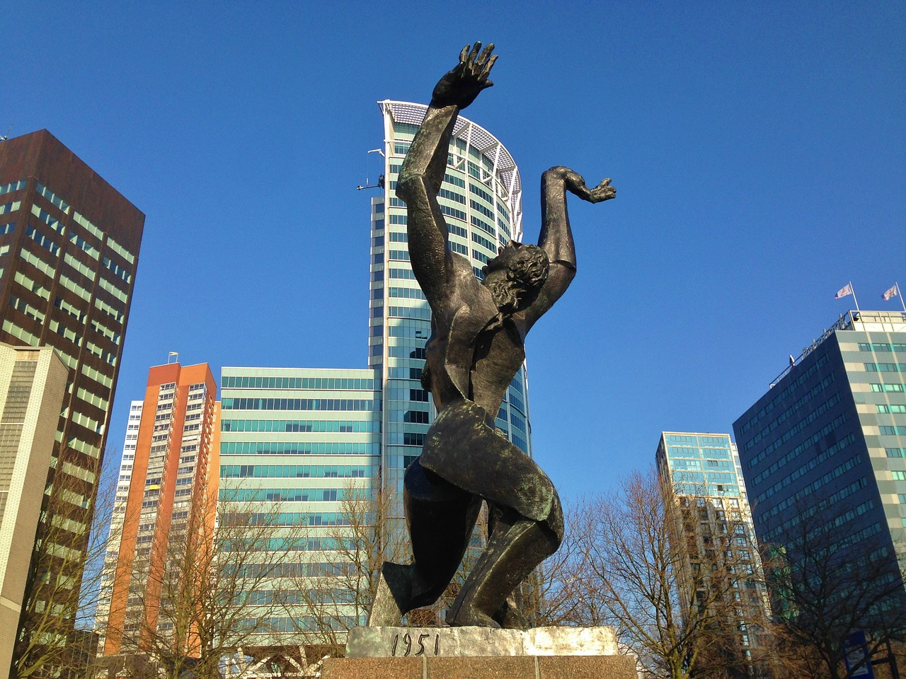 Rotterdam - pomnik ofiar wojny