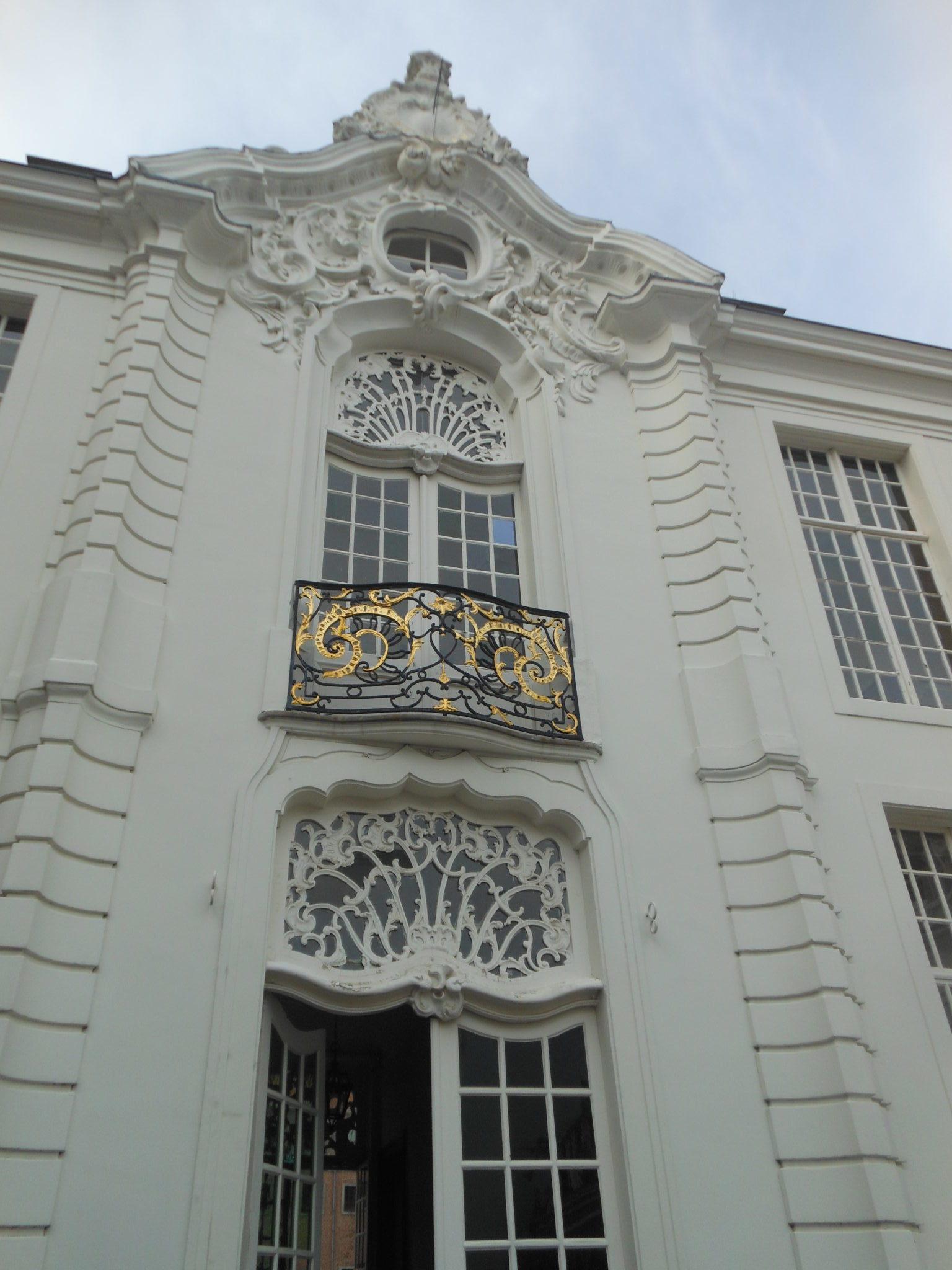 Fasada ratusza w Aalst