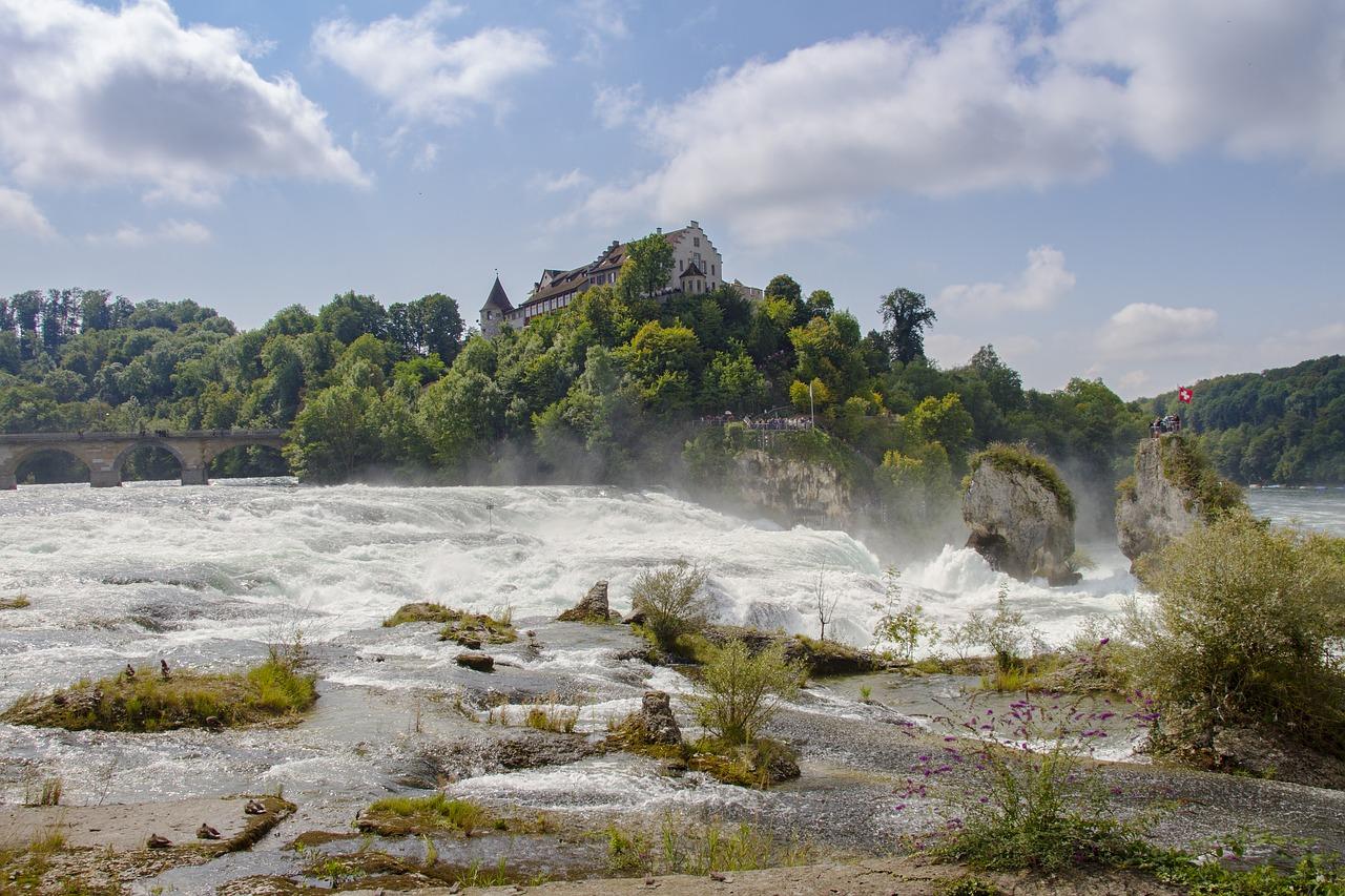 rhine-falls-2715592_1280