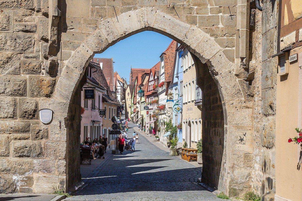 rothenburg-of-the-deaf-1624642_1280